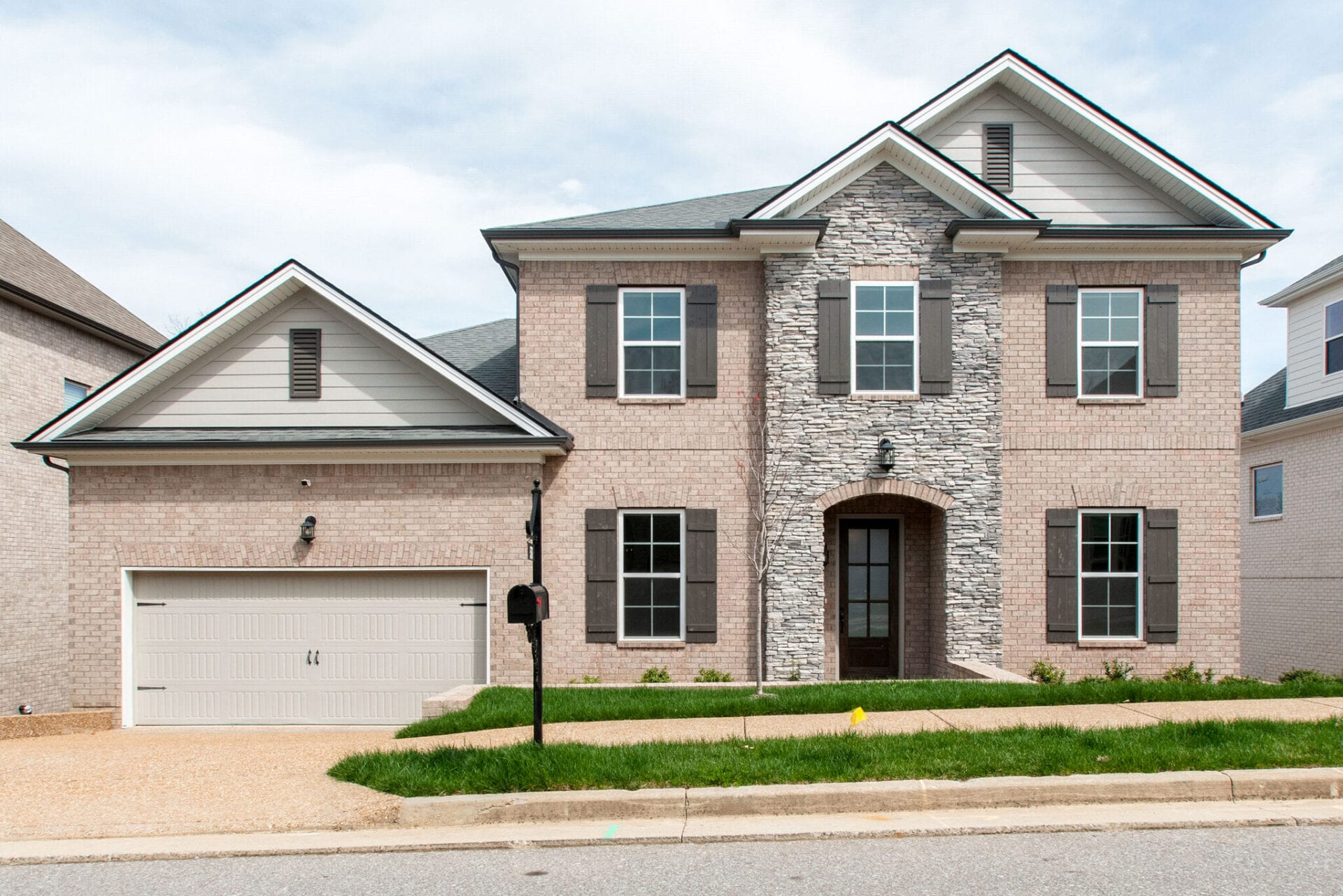brand new modern custom home building in Nashville